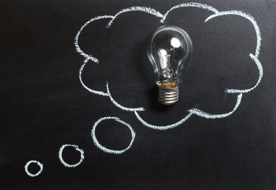 photo: lightbulb in idea bubble